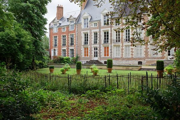 Jardin de la vieille intendance - Orléans
