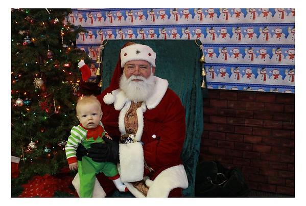 12.8.18  Einstein Noah Breakfast with Santa