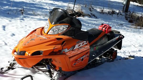 snowmobile M1000