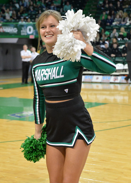 cheerleaders3871.jpg