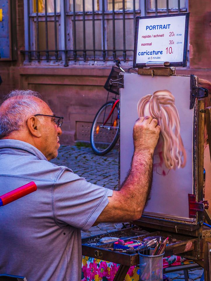 法国斯特拉斯堡(Strasbourg),街上的人气