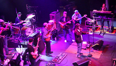 Soulive Royal Family Ball Terminal 5 Lettus John Scofield Warren Haynes Nigel Hall Big Sam Williams Shady Horns Talib kweli Christian Scott 10-2-10 Video 3