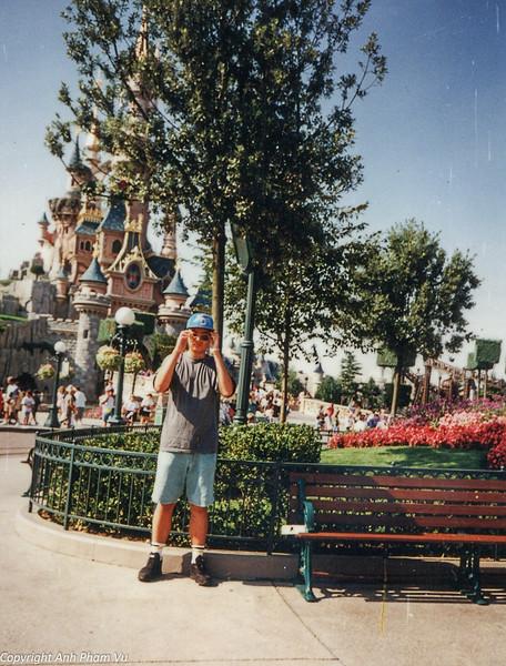 Paris 90s 043.jpg