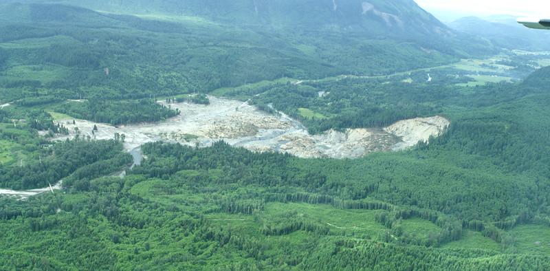 Oso Landslide looking West i2.jpg