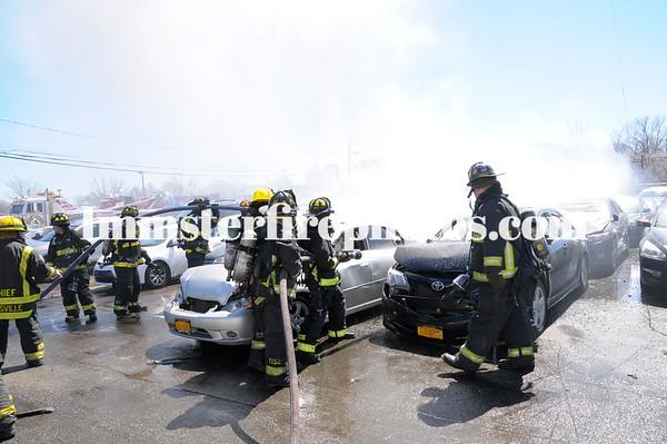 00 HICKSVILLE FD DUFFY AVE CAR FIRES