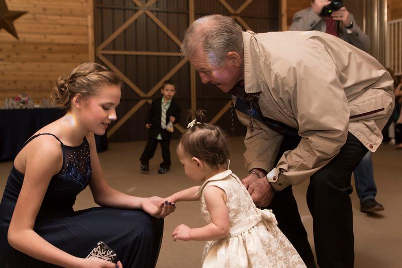 Weddings_385.jpg