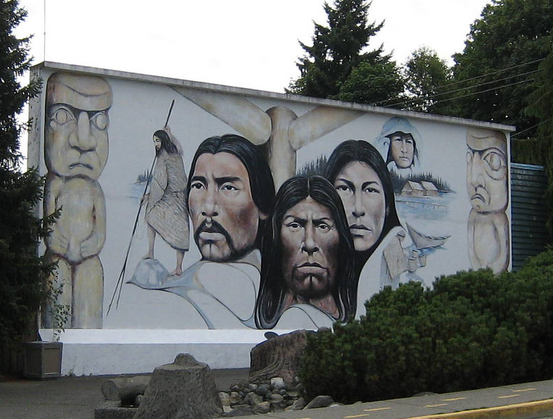 Another shot of the mural.