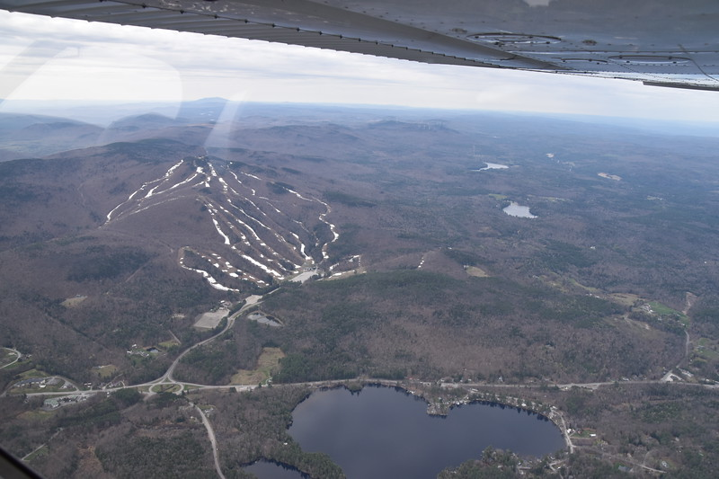 NH has a lot of ski resorts.  I didn't take notes when I took the photos, and I couldn't match up this one on Google maps.