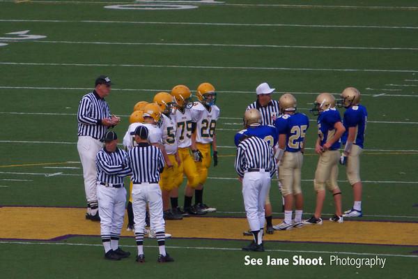 Sophomore: Hempstead Mustangs 28 - Wahlert Golden Eagles 21