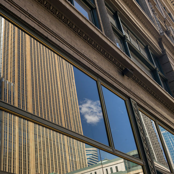Faade of Modern office building at Downtown Minneapolis, Hennepin County, Minnesota, USA