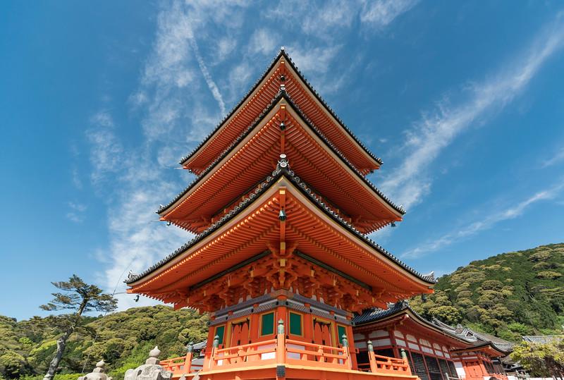 Three-story Pagoda, Kiyomizudera (Kiyomizu-dera) Temple, Kyoto, Japan
