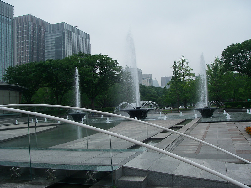 Tokyo fountains 2