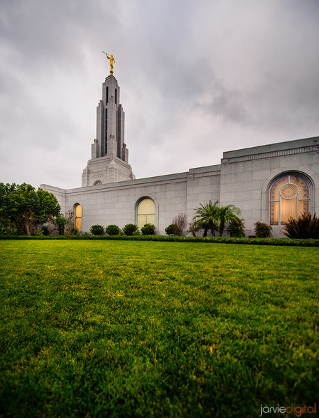 Redlands Temple Vertical