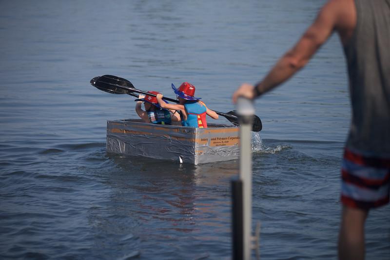 Cardboard Boats 25.jpg