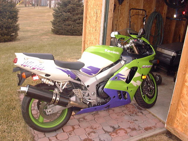 My first bike 97 ZX9r all stock