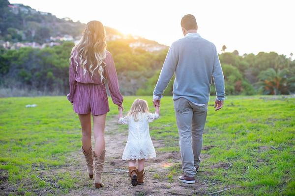 12.10.2019 Aubrey's Family Holiday Photos