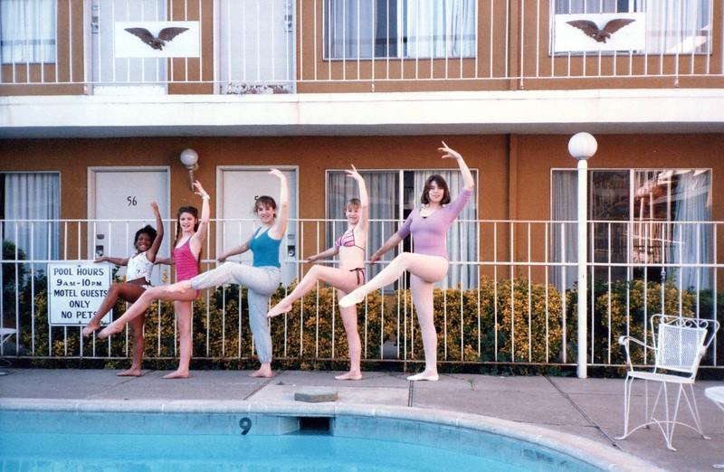 Dance_1941_a.jpg