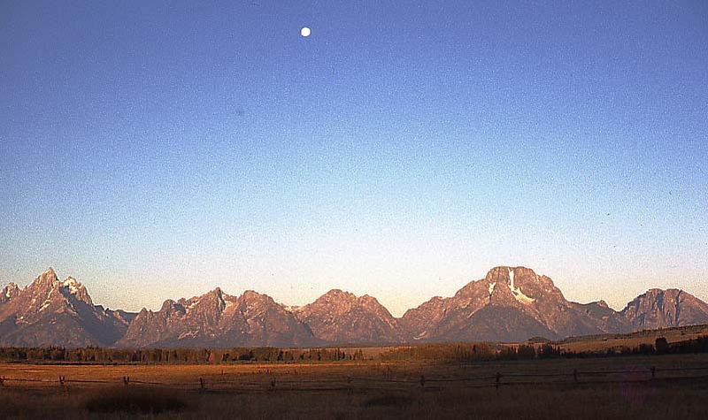 mountains moon.jpg