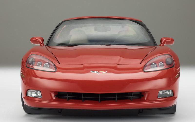 AutoArt-C6-Corvette-9a.jpg