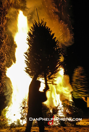 2014 XMAS Tree Firestorm