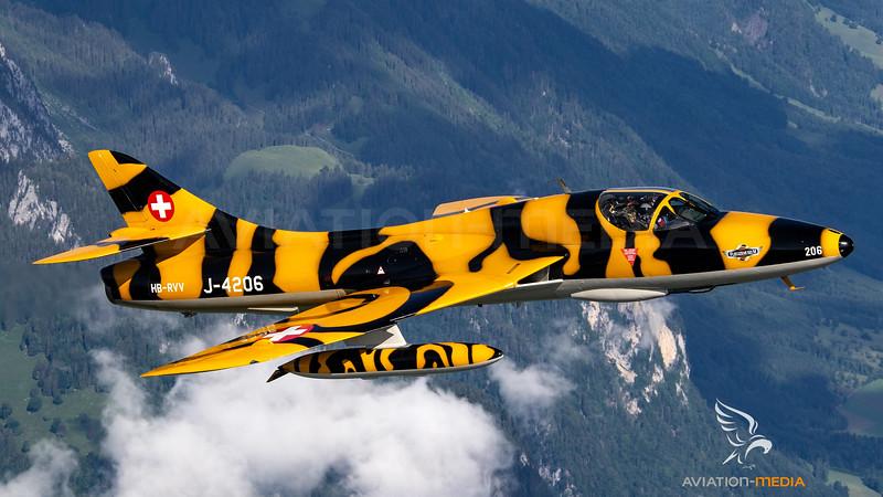 Fliegermuseum Altenrhein Hawker Hunter T.Mk.68 HB-RVV / J-4206