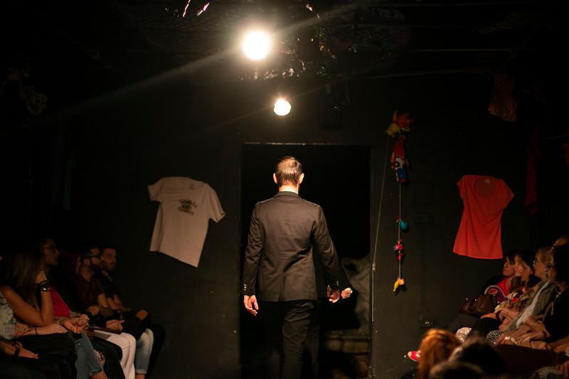Allan Bravos - Fotografia de Teatro - Indac - Migraaaantes-238.jpg