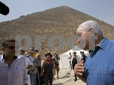 using-new-technology-to-scan-ancient-pyramids-in-eqypt-for-hidden-burial-chambers