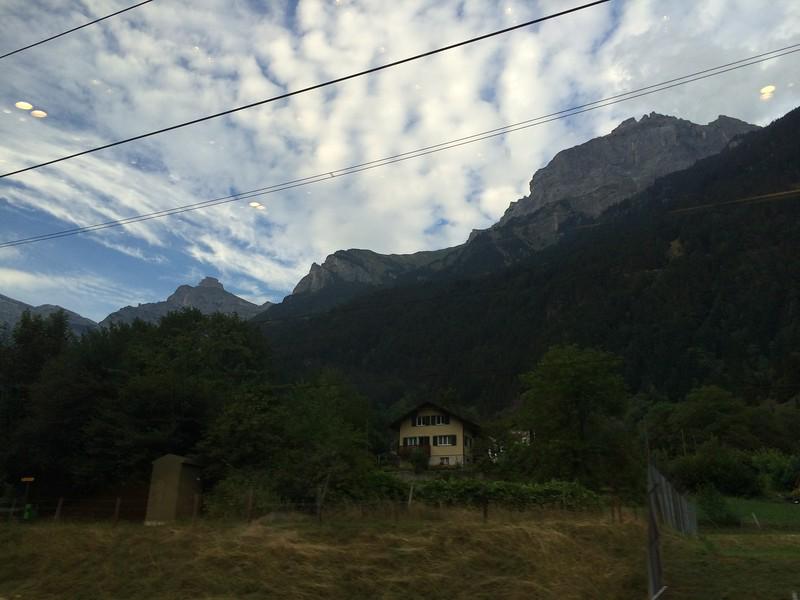 354_iPhone_Switzerland.JPG