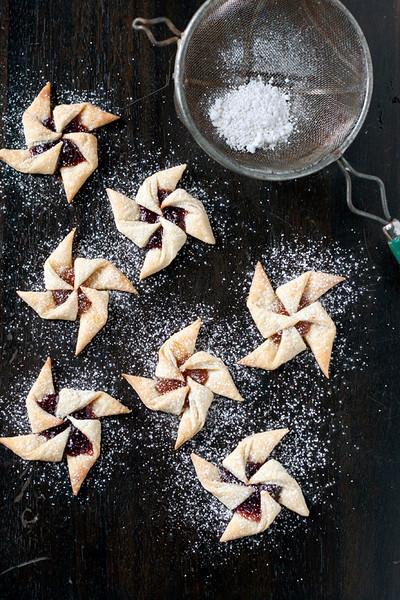 finnish jam tarts Joulutorttu.jpg