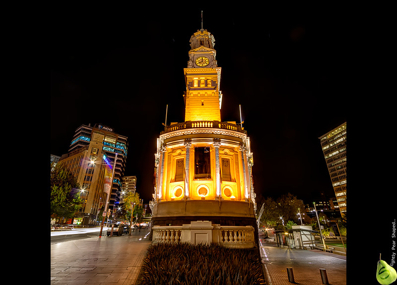 Auckland Townhall: Bang on Eight Oclock.