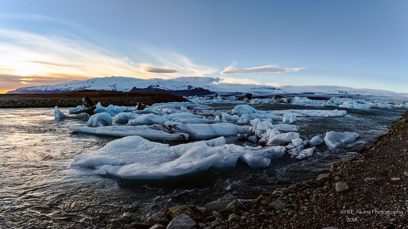Jokulsarion Glacier Lagoon 6916 Pano LM.jpg