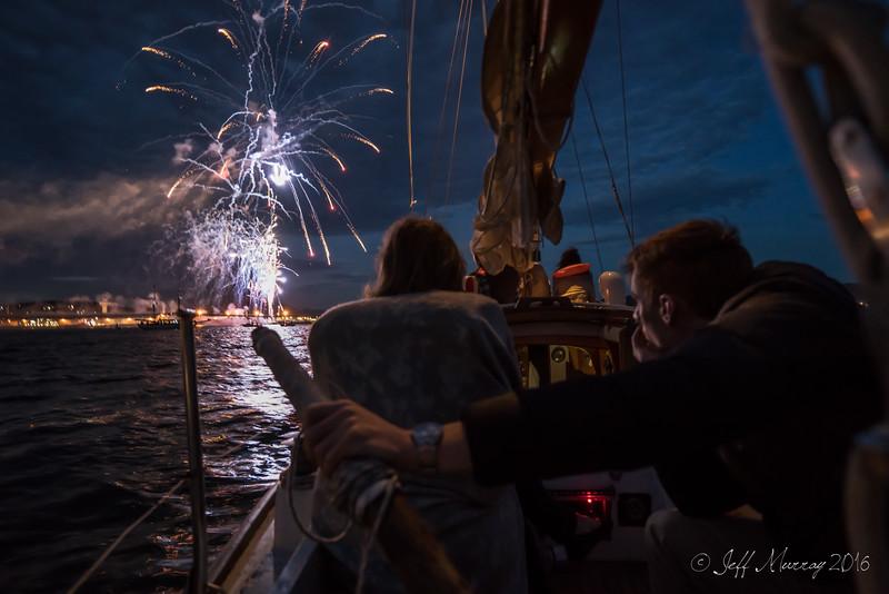 Hobart Fireworks New Year's Eve  2015