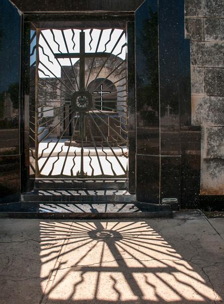 Colon Cemetery-9.jpg