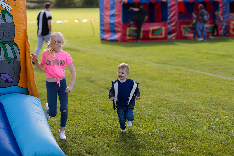 bensavellphotography_lloyds_clinical_homecare_family_fun_day_event_photography (7 of 405).jpg