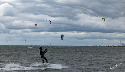Kite surfere ved Sydvestpynten (Kongelunden)