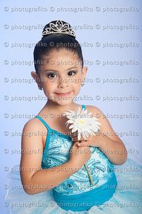 pk2538 Luciana Zuluaga