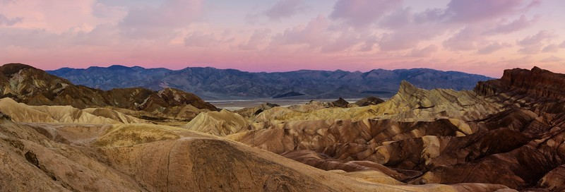 Zabriskie Point Panoramic.jpg