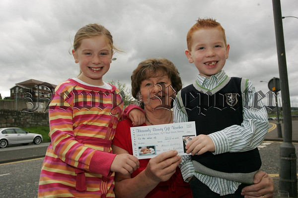 This weeks Heavenly Beauty Voucher winner Meave Kearney is pictured with her grandchildren Aoife and James Flanagan. 07W35N24