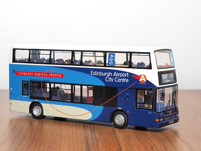 Edinburgh Corporation & Lothian model bus photographs