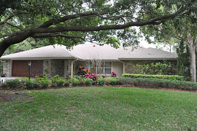 2899 Rickenbacker Trail | Hangar Home at Spruce Creek Fly-In