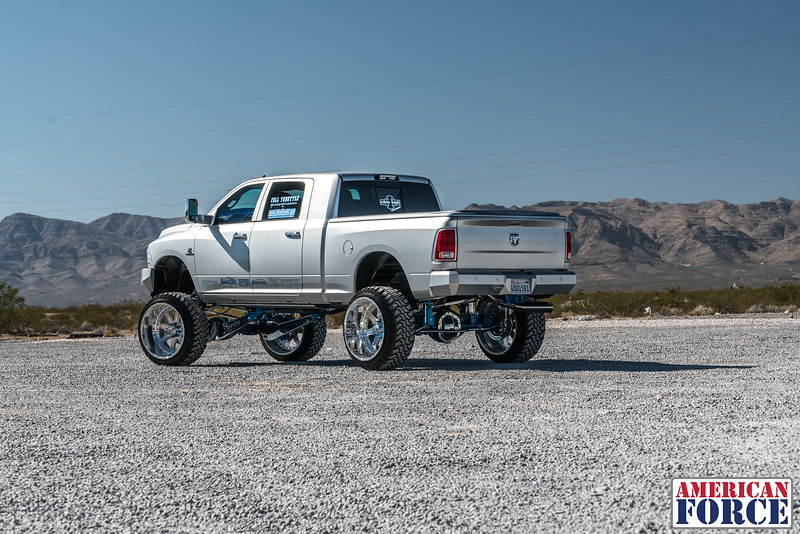 Ridin'-High-Silver-Dodge-Ram-161105-DSC02837-52.jpg