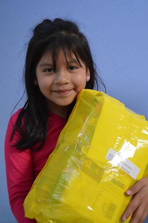 2016 November San Jose Pinula gift distribution