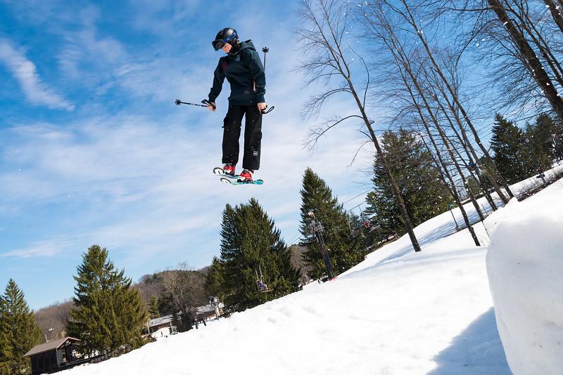 Backyard-BBQ-The-Woods-16-17_Snow-Trails-Mansfield-Ohio-1369.jpg