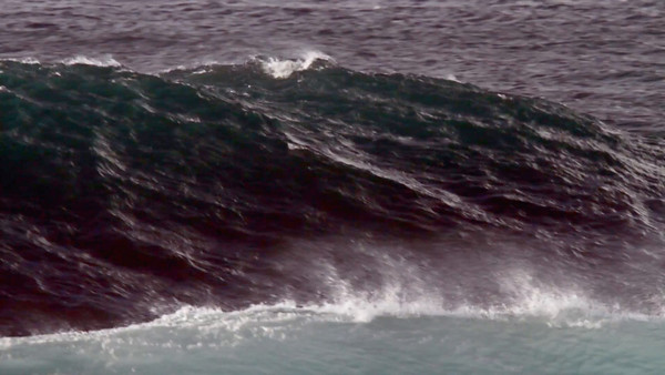 MonsterWaveHD_0412.mov