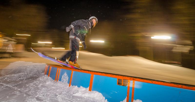 Nighttime-Rail-Jam_Snow-Trails-218.jpg