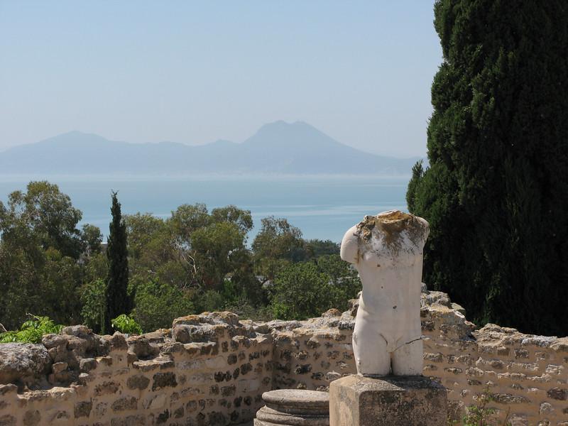 Carthage bou Kornine Statue