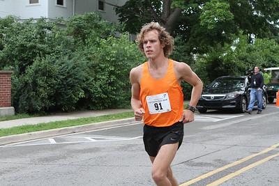 1 Mile Run - 2013 Plymouth YMCA Father's Day Run