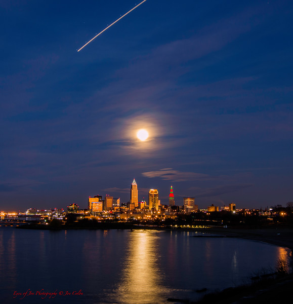 Moon Over Xmas-6.jpg