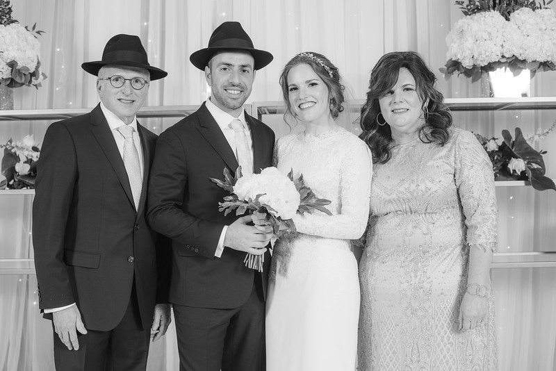 Miri_Chayim_Wedding_BW-651.jpg