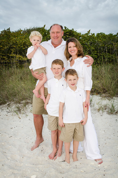 Mary Jo's Family Photos - Barefoot Beach, Fl 044.jpg